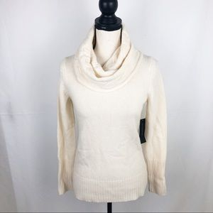 NWT Banana Republic Ivory Cable-Knit Cowl Neck